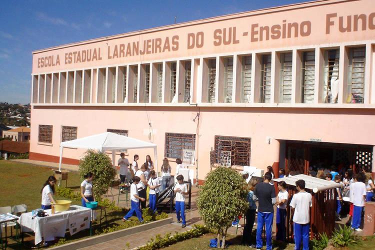 Educação prorroga mandatos de diretores de colégios estaduais
