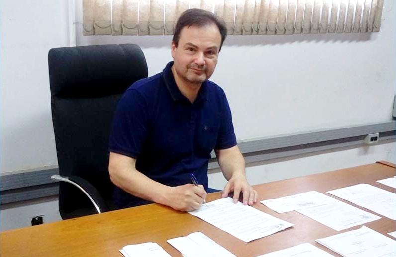 TCE-PR multa prefeito de Rolândia por contratar empresa de sua propriedade