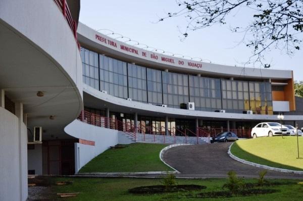 Ex-prefeito e Oscip devem restituir R$ 1,7 milhão a São Miguel do Iguaçu