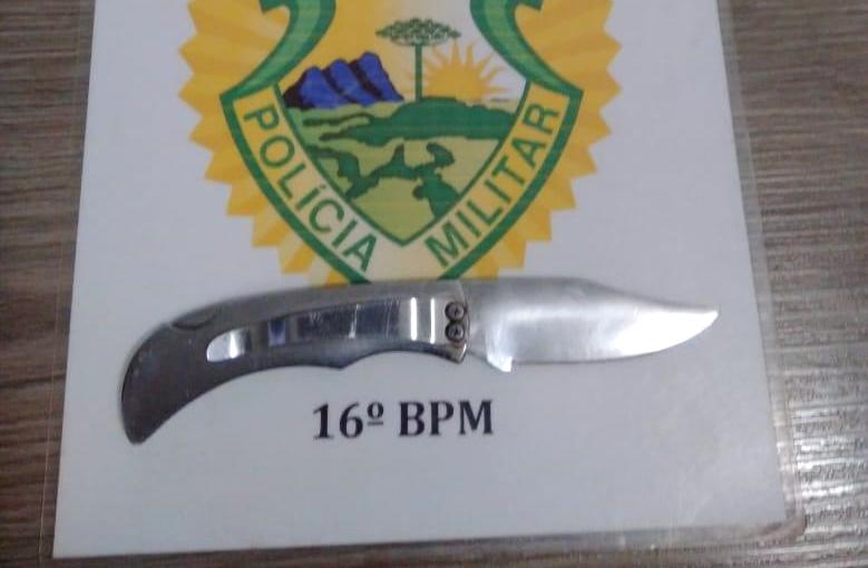 Em Pitanga – Homem investe contra policiais com canivete e leva um tiro no abdômen