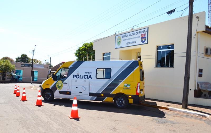Moto com débitos foi recolhida pela PM em Pitanga. O condutor sem CNH
