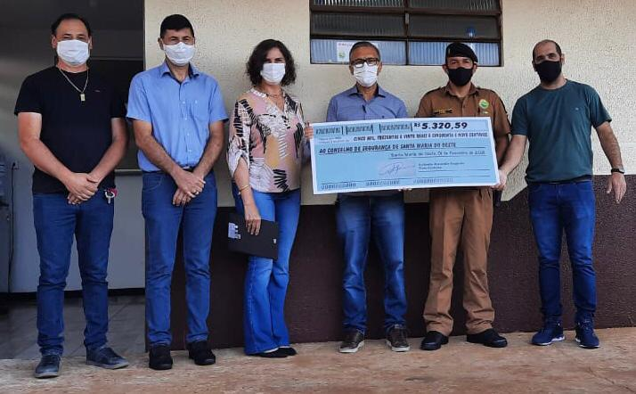 Vice-prefeito de Santa Maria do Oeste doa seu salário para o CONSEG