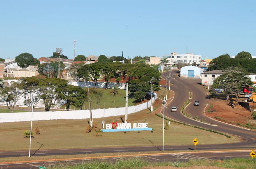 Funcionários de uma empresa de Pitanga que presta serviço para prefeitura de Jardim Alegre entram em greve por falta de pagamento