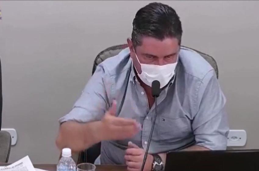 """Presidente da Câmara de Pitanga disse que é """"louvável"""" a ideia de """"pulverizar"""" a cidade com álcool em gel"""