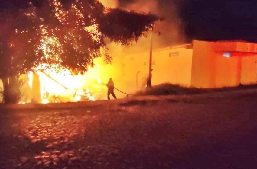 Incêndio criminoso em Pitanga – Homem incendeia a casa da ex e ameaça de morte