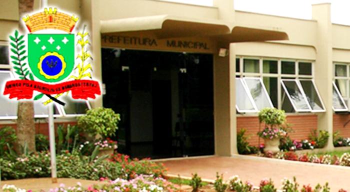 TCE-PR multa prefeito de Barbosa Ferraz por irregularidades na área da educação