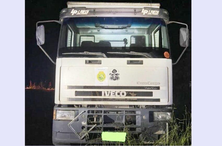 Caminhão furtado em Goioerê foi encontrado abandonado em Pitanga
