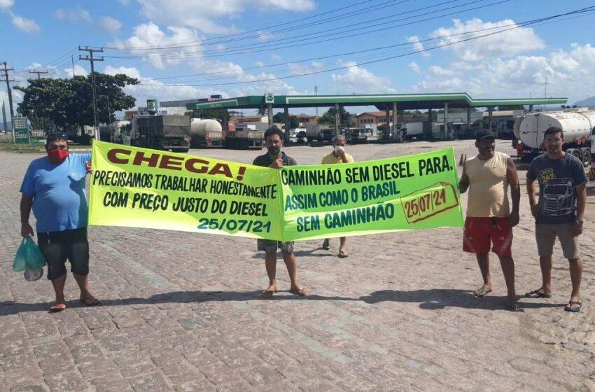Caminhoneiros seguem divididos sobre adesão à greve