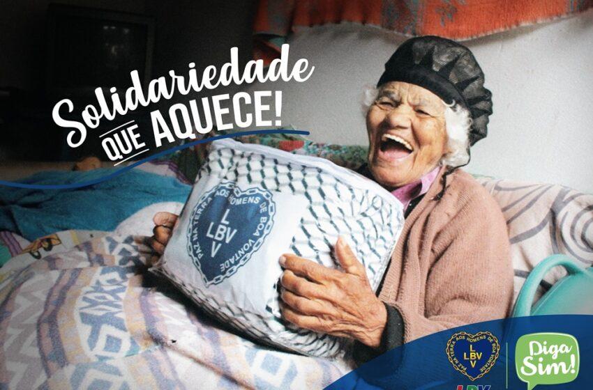 LBV entrega cobertores a famílias em situação de vulnerabilidade social de Palmital