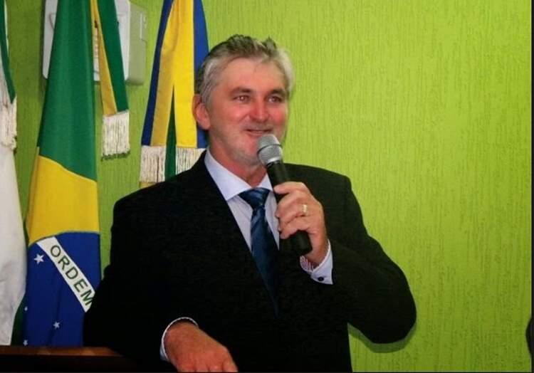 Ex-prefeito de Turvo é multado por irregularidades na compra de merenda escolar