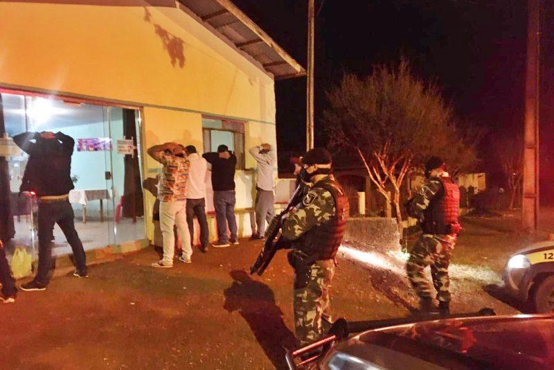 Furtos, desobediência, ameaças, vias de fato e abordagem de suspeito em Pitanga nas últimas horas