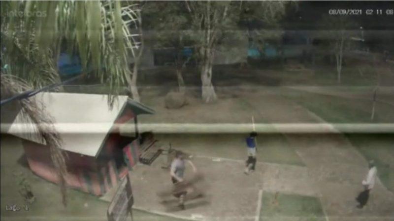 Vândalos danificam a Casa do Papai Noel do Parque do Lago em Pitanga, ameaçam e investem contra o guardião