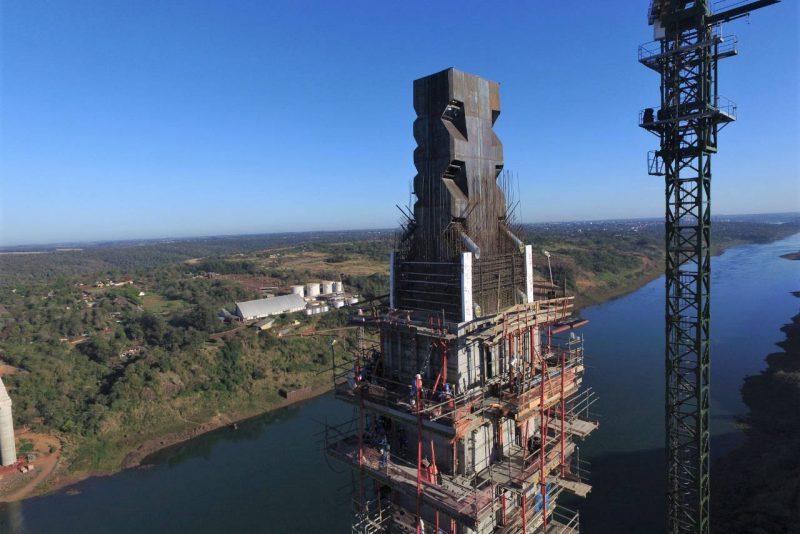 Obras da Ponte da Integração Brasil-Paraguai estão 70% concluídas
