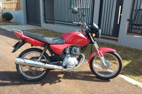 Moto é furtada de dentro da garagem de uma residência em Pitanga. Um Notebook também foi furtado