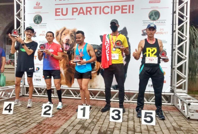 Pitanga é representada por atleta corredor de rua em Blumenau SC
